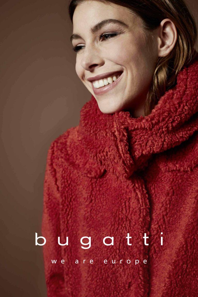 Mantel von BUGATTI